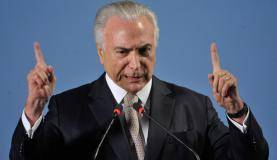 Brasília - O presidente Michel Temer discursa na abertura do seminário em comemoração aos 25 anos da AGU (Fabio Rodrigues Pozzebom/Agência Brasil)