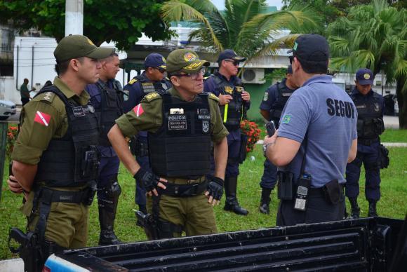 Policiais recebem orientação para agir