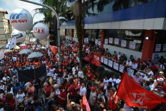 São Bernardo do Campo (SP) - Manifestação em apoio ao Lula no Sindicato dos Metalúrgicos do ABC (Rovena Rosa/Agência Brasil)