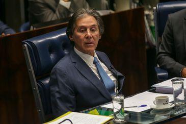 O presidente do Senado, Eunício Oliveira, durante sessão plenária que aprovou o PLC 19/2018, que cria o Sistema Único de Segurança Pública e a Política Nacional de Segurança Pública e Defesa Social.
