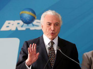 O presidente Michel Temer discursa durante cerimônia de posse do novo ministro da Secretaria-Geral da Presidência da República, Ronaldo Fonseca de Souza, no Palácio do Planalto.