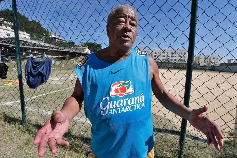 Entrevista com o jogador Jairzinho, o furacão da Copa de 70, que fez gols em todos os jogos, na Vila Olímpica do Sampaio, zona norte da cidade.