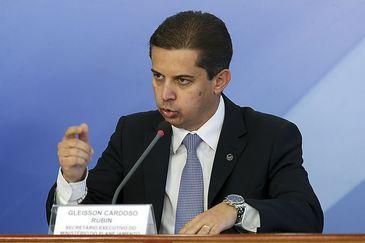 O Secretário Executivo do Ministério do Planejamento, Gleisson Cardoso Rubin durante coletiva no Palácio do Planalto.