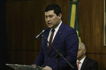 O ministro do Trabalho, Helton Yomura, discursa na Comissão de Trabalho, Administração e Serviço Público da Câmara dos Deputados, durante lançamento da campanha Jornadas Brasileiras de Relações do Trabalho.