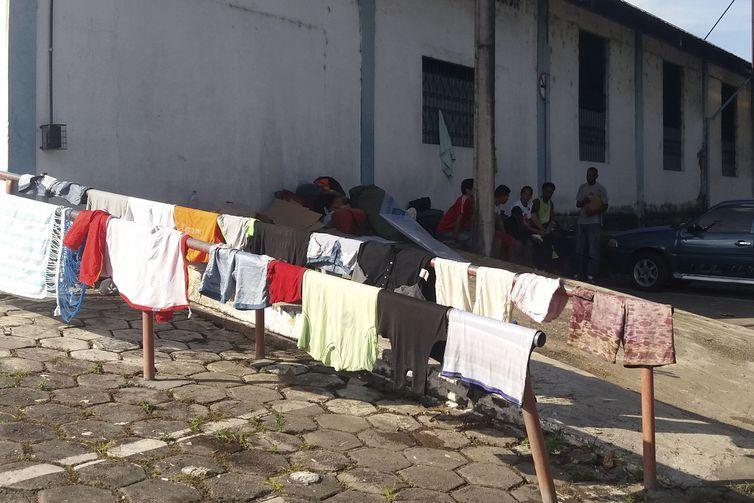Cerca de 200 venezuelanos vivem atualmente em dois abrigos administrados pela prefeitura de Manaus.