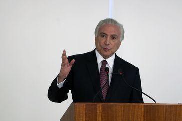 O presidente Michel Temer discursa na cerimônia de aprovação das metas da RenovaBio, no Palácio do Planalto.