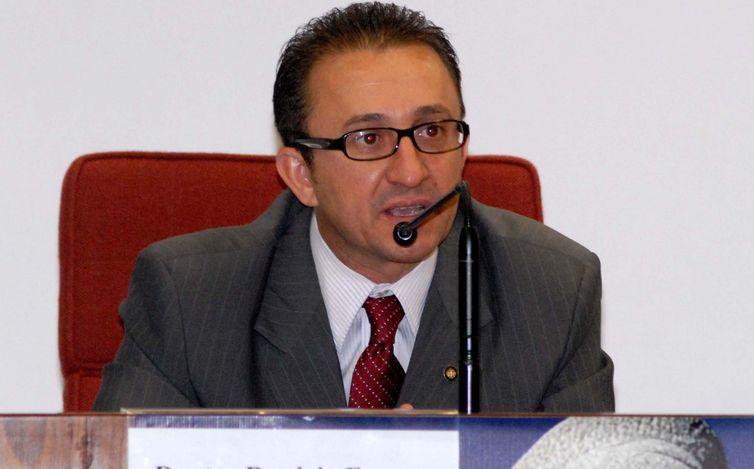 O juiz Rogério Favreto, do TRF4