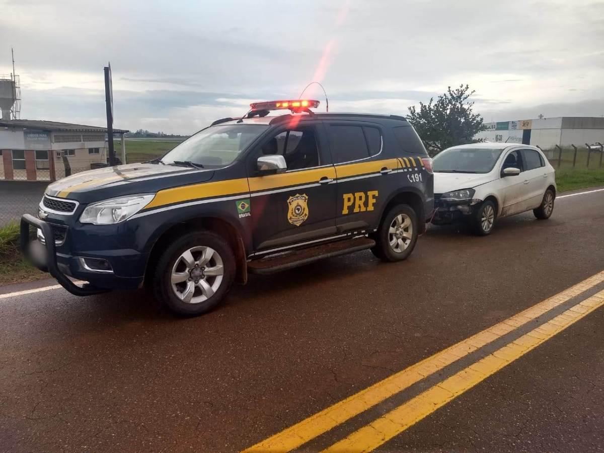 PRF age rápido e recupera carro furtado/roubado