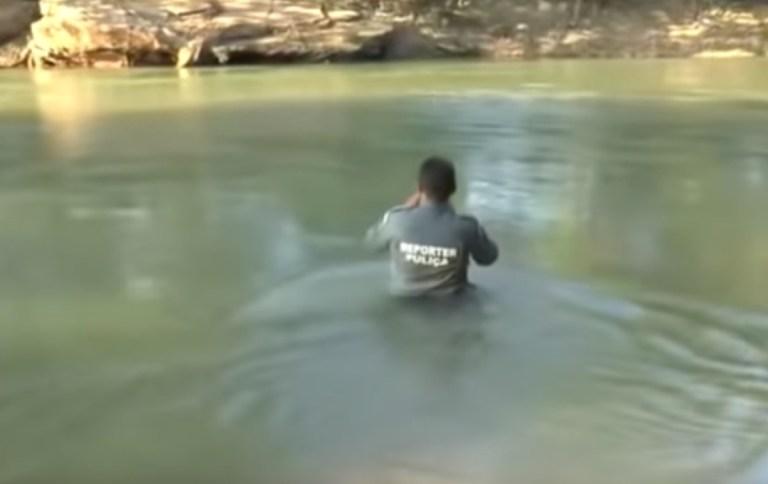 Repórter Puliça quase se afoga em rio e vídeo viraliza