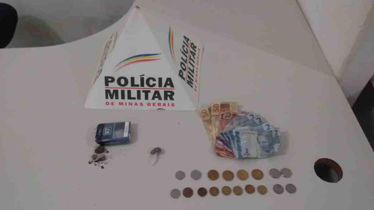 PM apreende drogas e três vão para a delegacia em Serra do Salitre