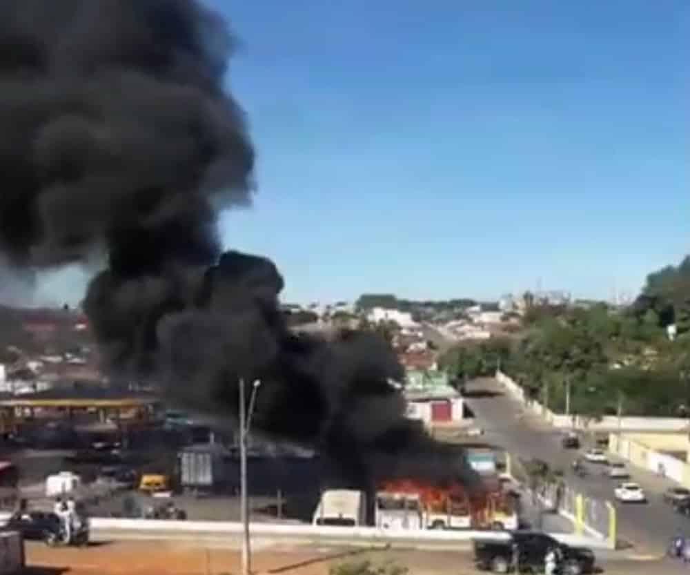 Incêndio em Monte Carmelo