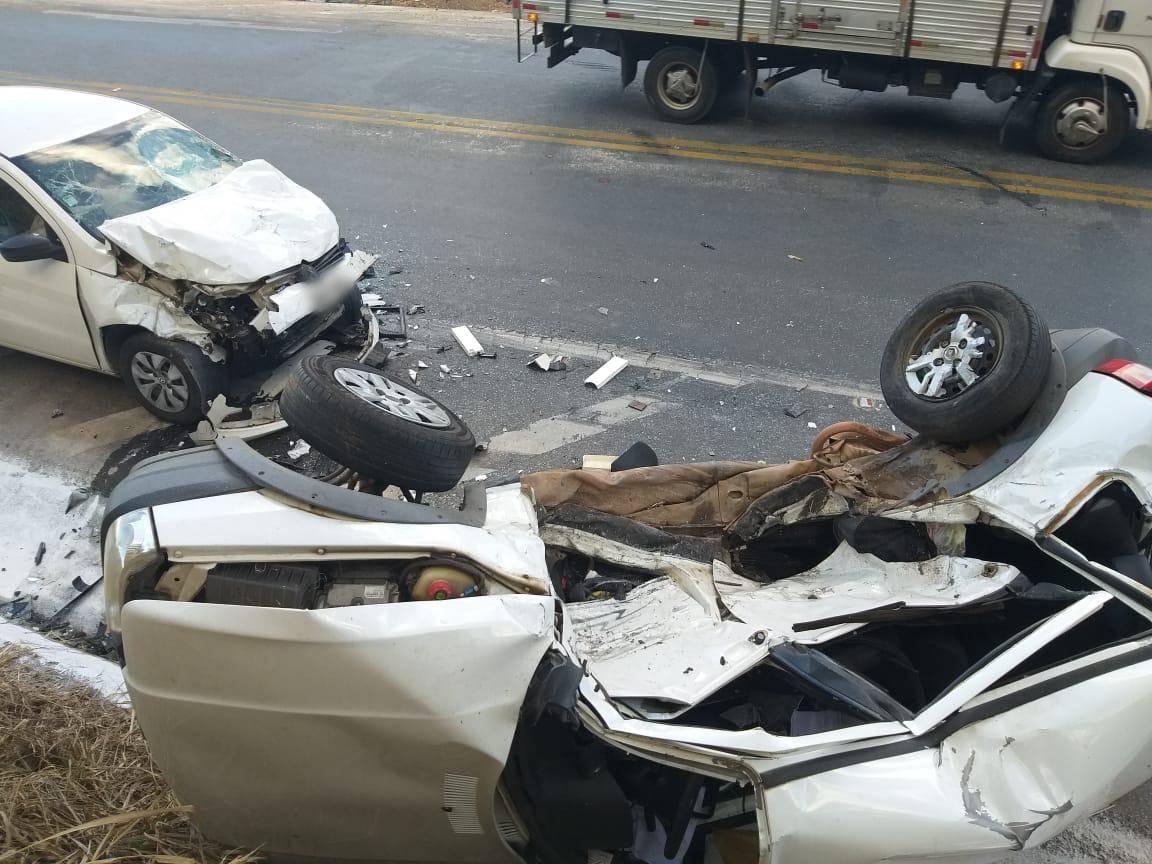 Motorista morre em batida lateral na BR-494 em Nova Serrana