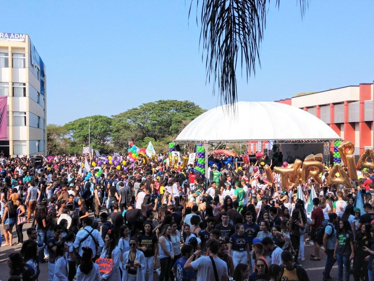 Observatório do UNIPAM reúne estudantes de toda região em Patos de Minas