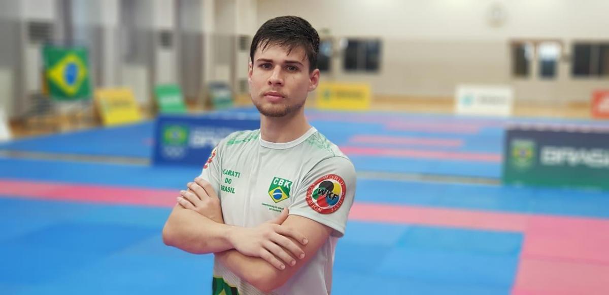 Karateca de Patos de Minas busca pódio na Premier League em Tóquio