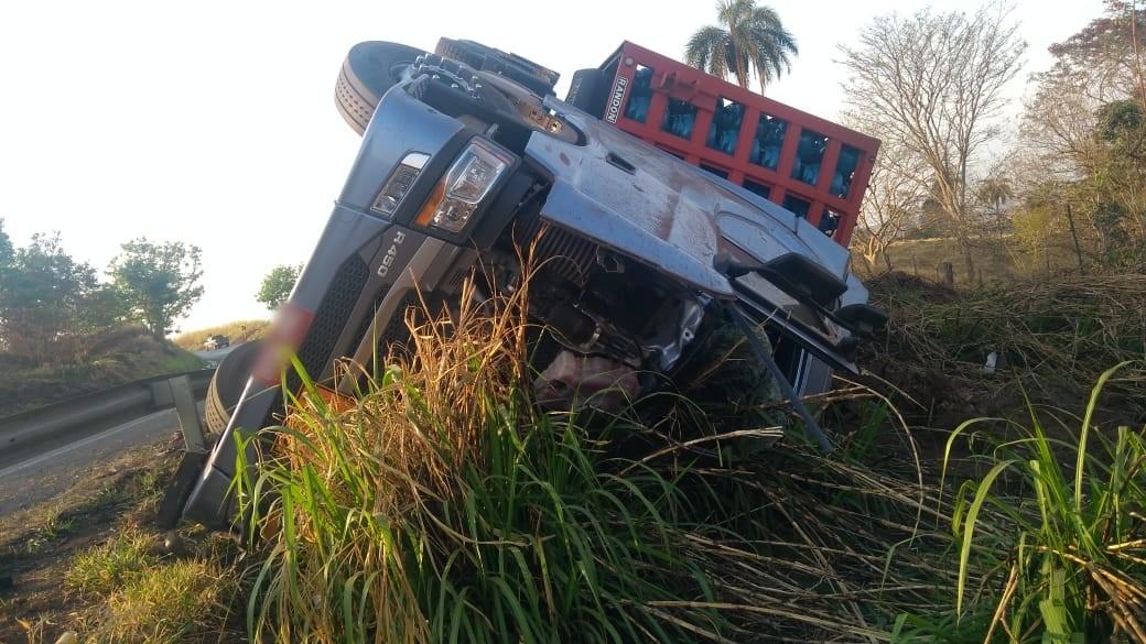 Motorista morre em acidente na BR-354 em Rio Paranaíba (2)