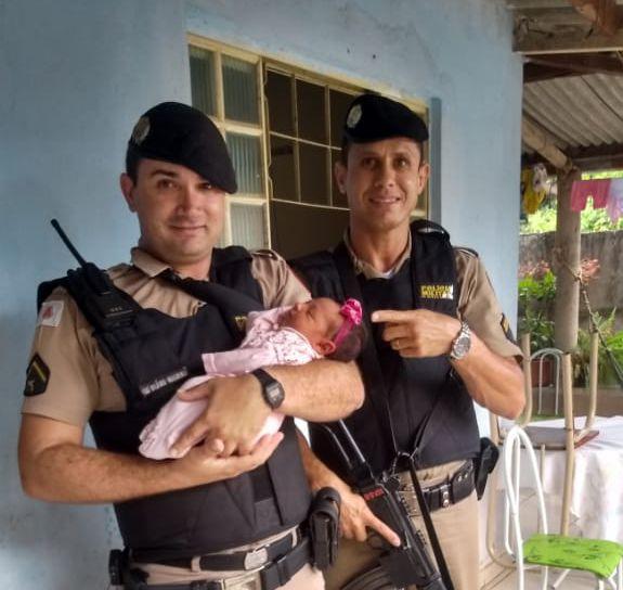 PMs salvam bebê que se engasgou em São Gonçalo do Abaeté-MG