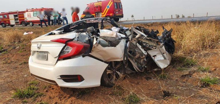 Três médicos morrem em acidente na MG-190 em Iraí de Minas