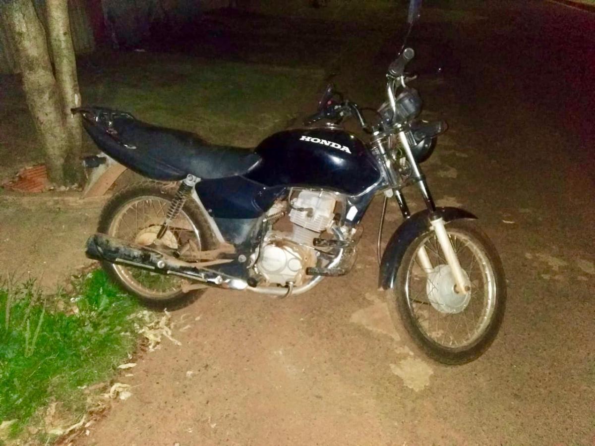 Suspeitos de furtar e comprar moto são presos em Monte Carmelo