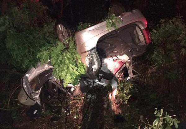 Jovens morrem em acidente na MGC-452