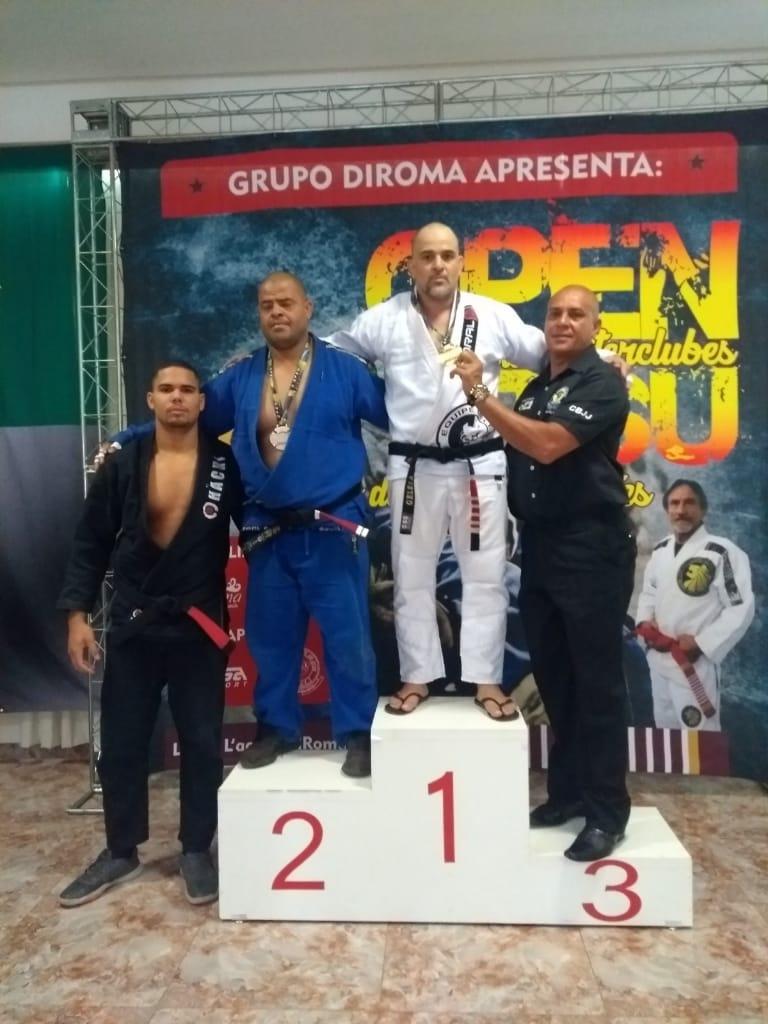 Atletas de Monte Carmelo conquistam medalhas em competição de jiu-jítsu