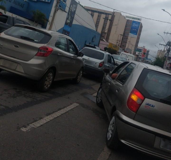 Trânsito Rua Major Gote Patos de Minas