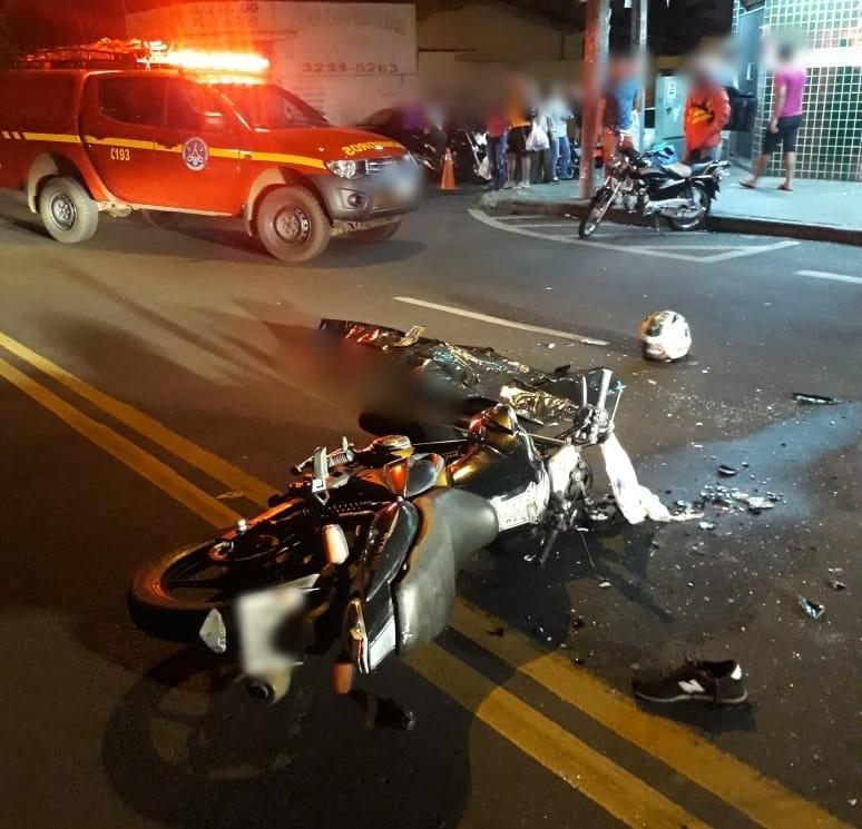 Jovem morre em acidente de moto em Uberlândia