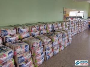 Doação de Alimentos pela Lallemand Plant Care Brasil em Patos de Minas - AMPARO MATERNAL E AMIGOS QUE AJUDAM