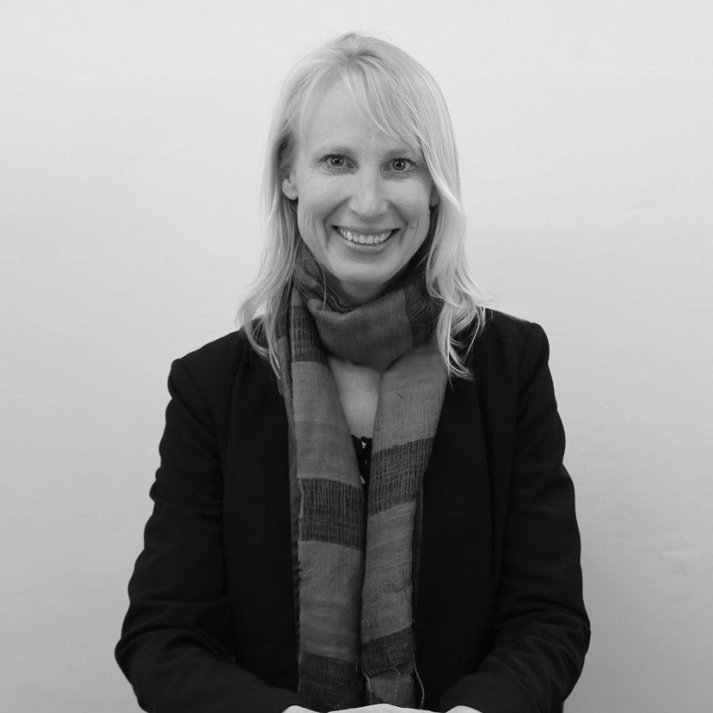 Kirsten Martinus
