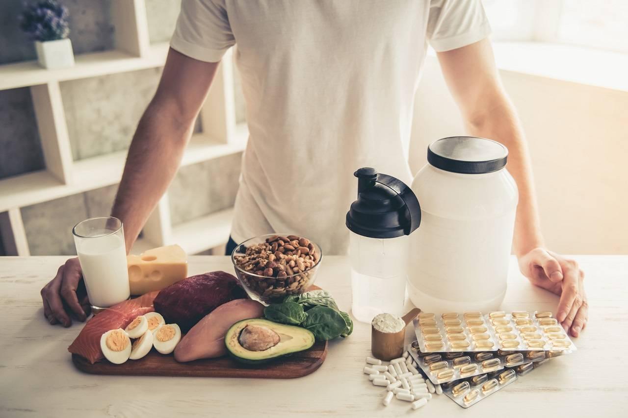 Muskelaufbau & Fettreduktion: Whey Protein Vs. Proteinreiche Lebensmittel – Was wirkt besser?