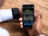 Fitness-Tracker: Wie nützlich sind sie wirklich? Eine evidenzbasierte Analyse