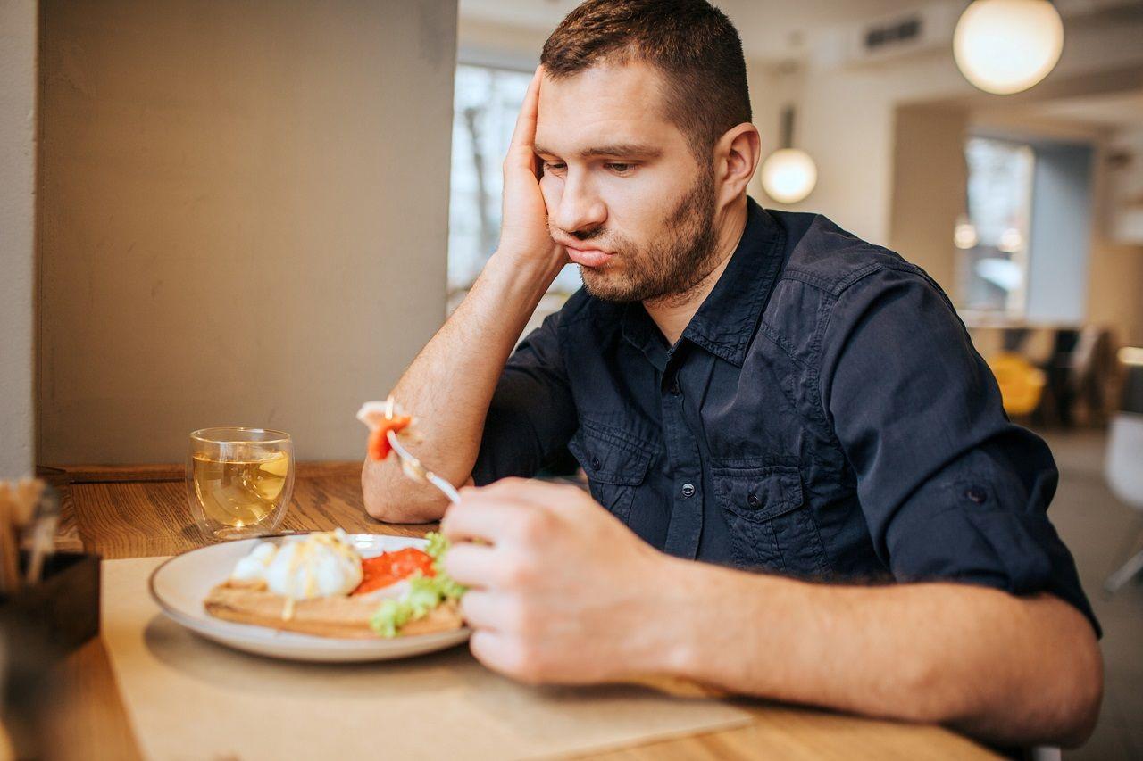 Abwechslungsreiche Vs. Monotone Ernährung: Wer stets das Gleiche isst, isst automatisch weniger?