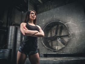 Intermittent Fasting in trainierten Frauen: Mehr Muskeln, weniger Fett?   Studien Review