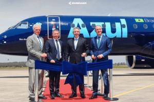 Azul recebe o 1º avião da Embraer, anuncia novas rotas e internet a bordo