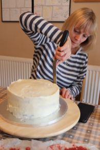 making a wedding cake