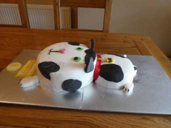 Basic cat cake
