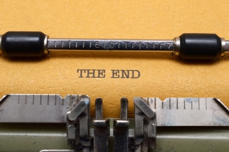 typewriter The End 20079706_s