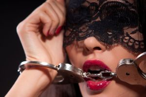 woman in handcuffs BDSM 13702510_m