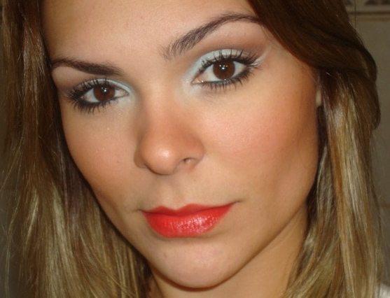 012 - Maquiagem para Festas Durante o Dia + Batom Vermelho (Maça do Amor - Avon)