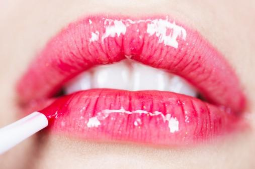 maquiagem nao escorrer - Como fazer para a maquiagem não escorrer no verão?