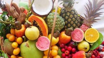 frutas tropicais - Alimentos Que Combatem a Acne e a Oleosidade!