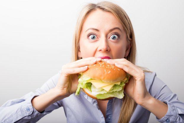 iStock 514559874 621x414 - Como Controlar o que Você Come?