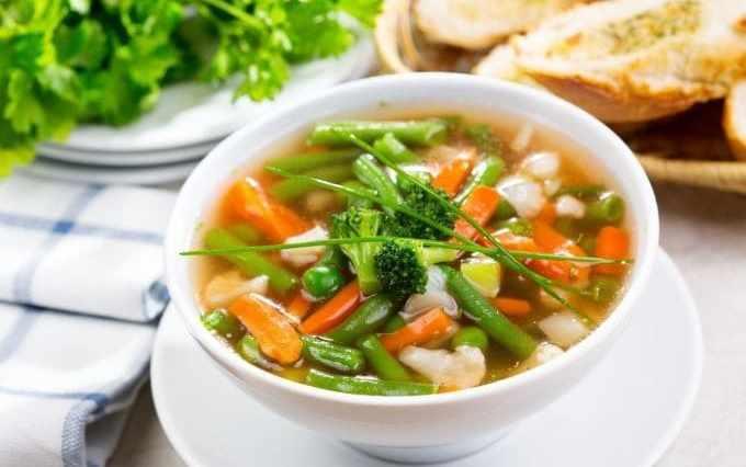 zupa jarzynowa z fasola popup watermark - Receitas simples para desinchar a barriga