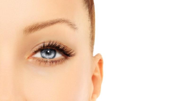iStock 000052103726 Small - Sobrancelhas: Micropigmentação com laser
