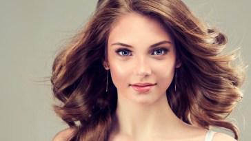 iStock 000061569670 Small - Mais brilho e maciez no cabelo