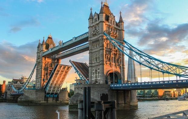 tower bridge 980961 640 londres - Lugares que são inspiração na moda