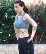 hipopressivo 1 257x300 - Saiba como tonificar a barriga com os abdominais a vácuo