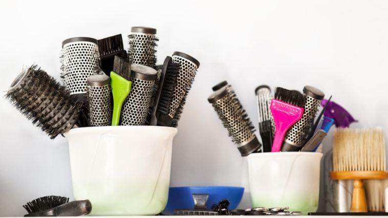 iStock 102938247 SMALL - Escovas de Cabelo: Diferenças, Qual A Melhor