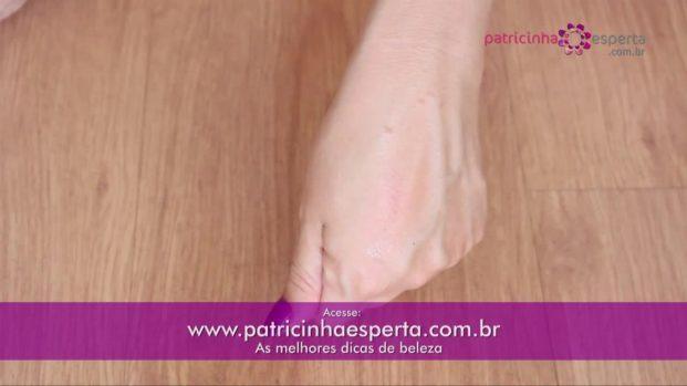 IMG 00037 3 621x349 - Como remover esmalte da pele