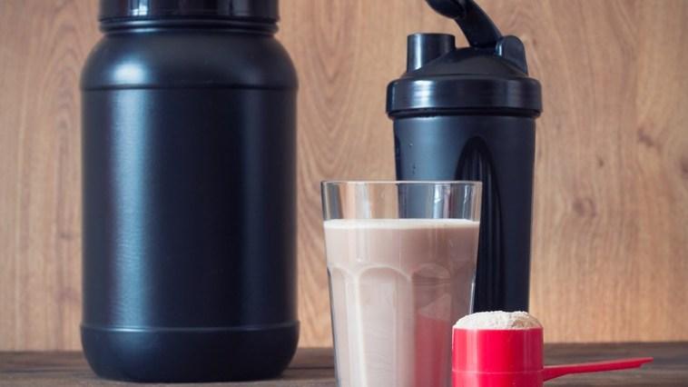 iStock 61278720 SMALL - Vale a pena investir em shakes emagrecedores?
