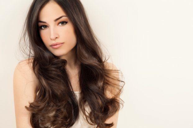 iStock 525230296 621x414 - Como ter cabelos lindos para o fim de ano?